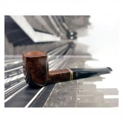 AMBASSADOR paneled billiard vintage pipe