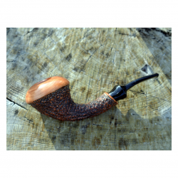 HORNET sandblasted tobacco pipe