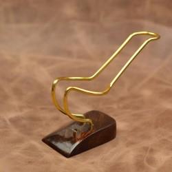 Dark brown briar flexible pipe stand